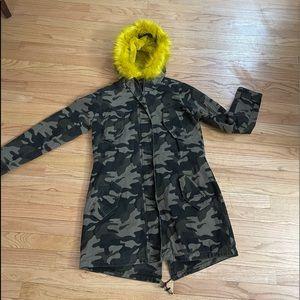 NY&Co Coat M NWT